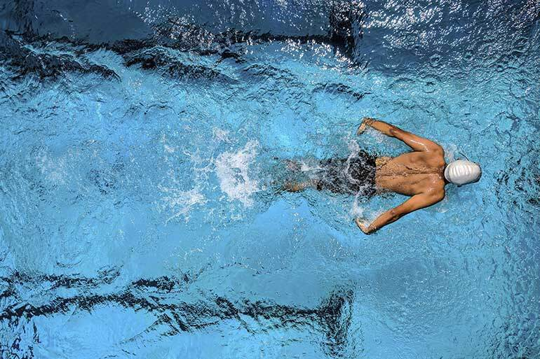 How exercise affects mental health swimming