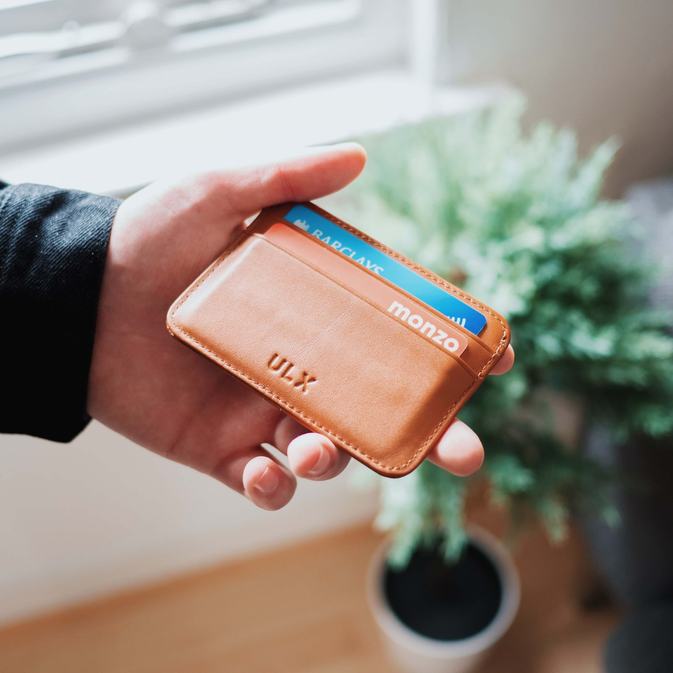 wallet at the best banks in spain