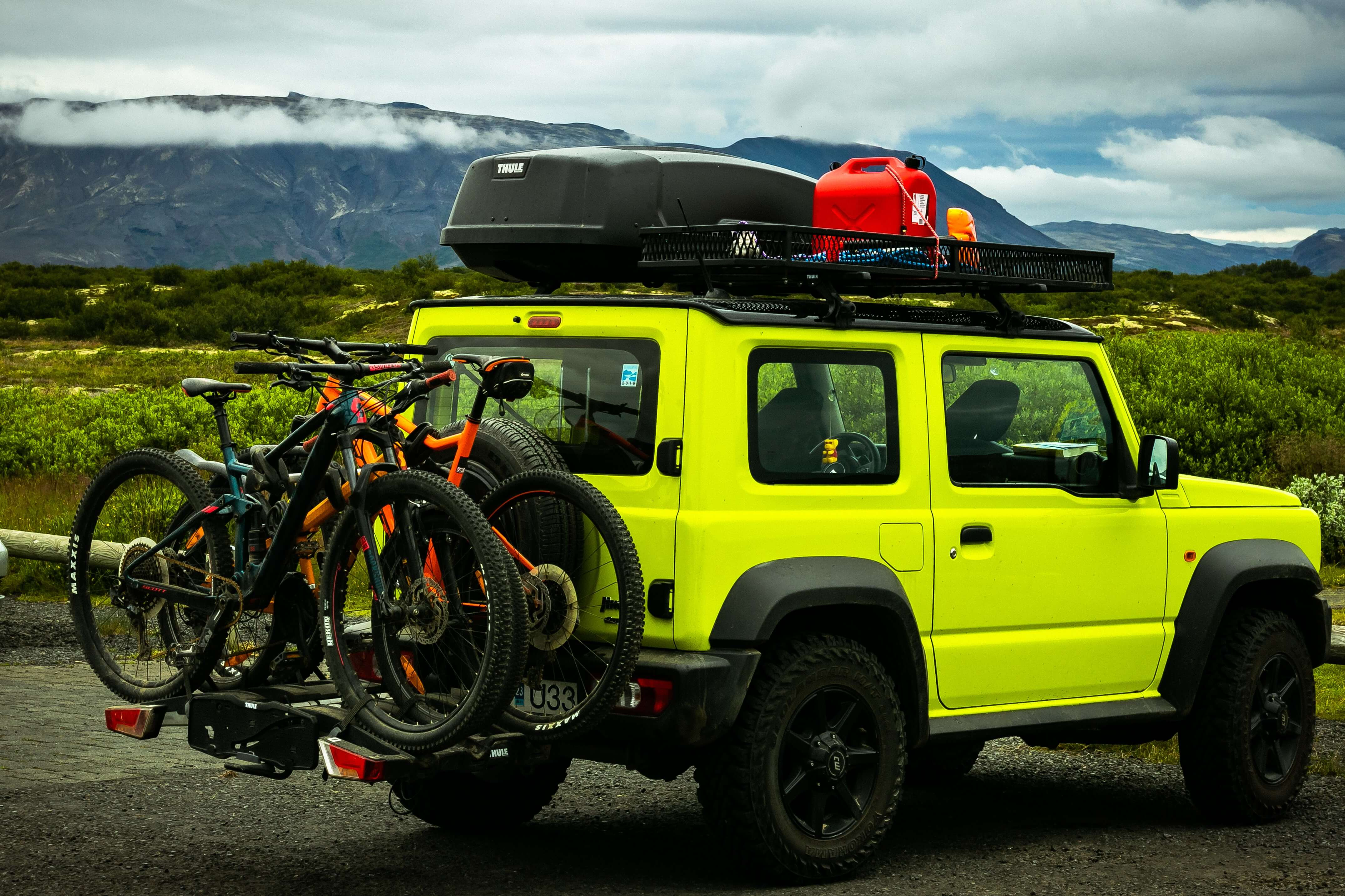best way to carry bikes on car could be integrated bike rack