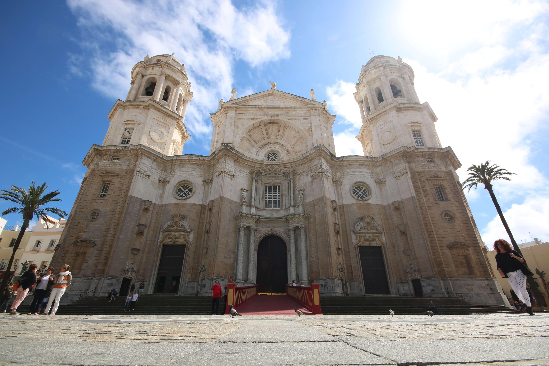 Moving_Cadiz_cuerpo_Cathedral