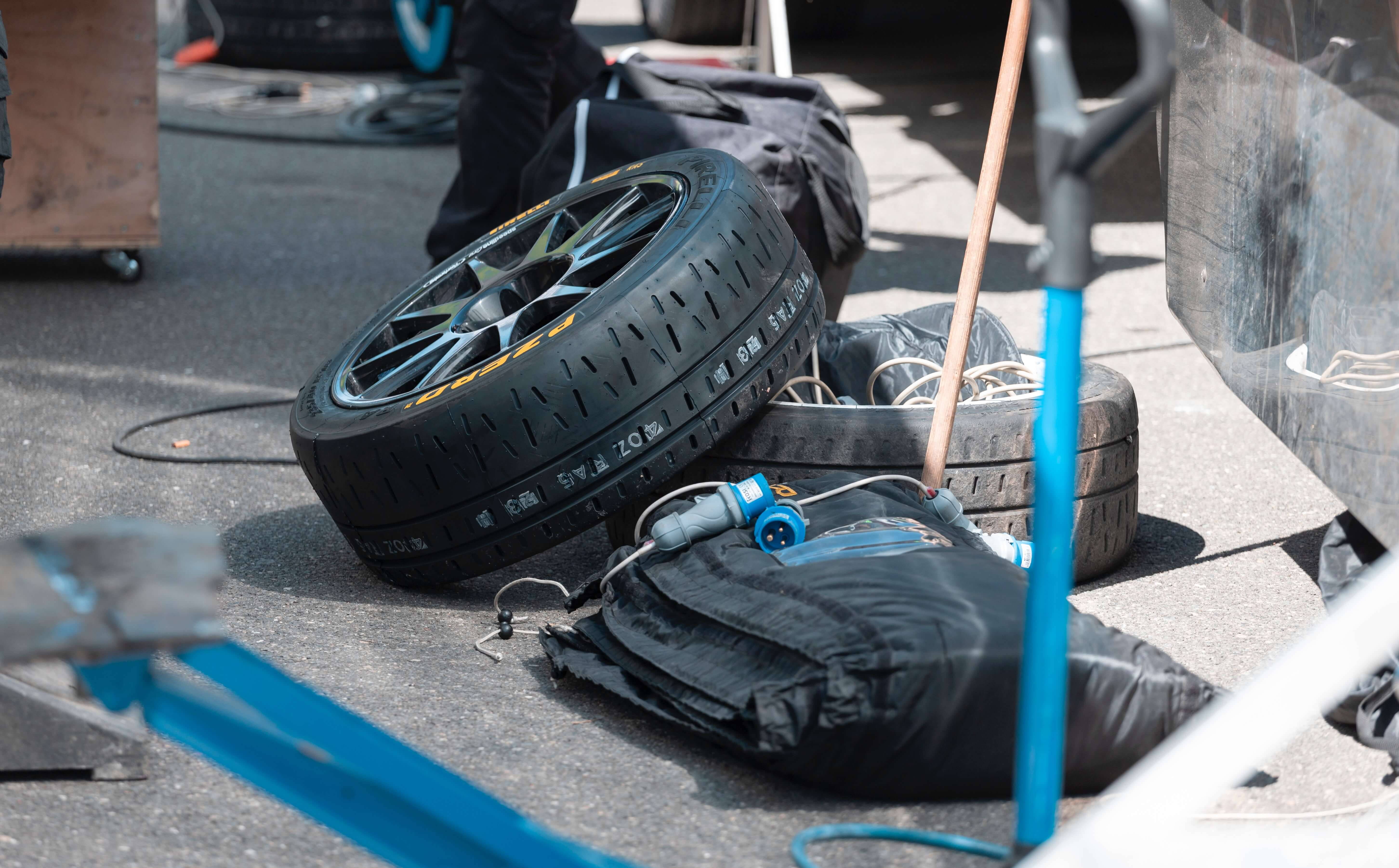 tire problems from leaving a car unused