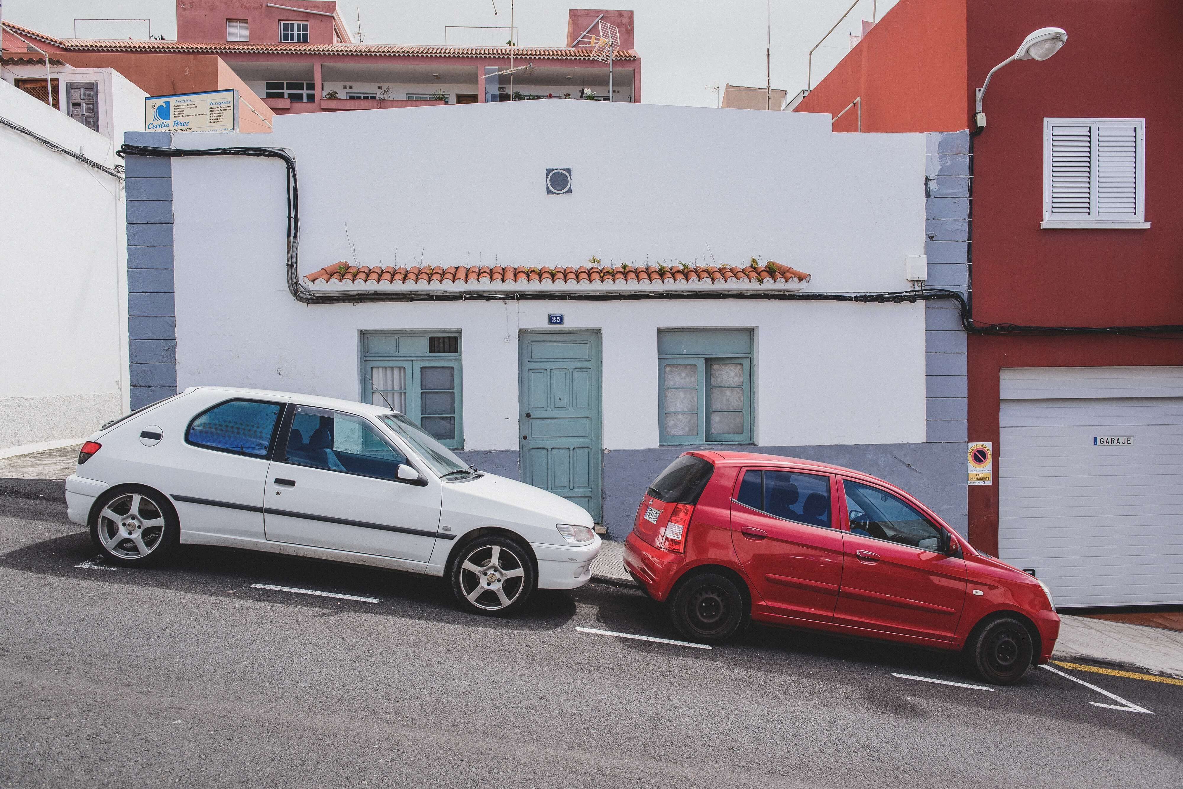 street parking for cars in spain