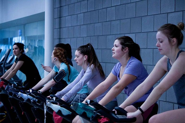 trust-tru-katsande-592914- working out at the gym unsplash